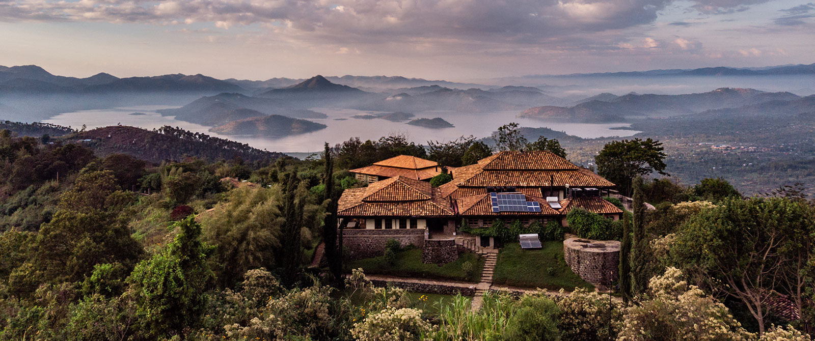 Rwanda Mountain Gorilla Safaris - Virunga Lodge