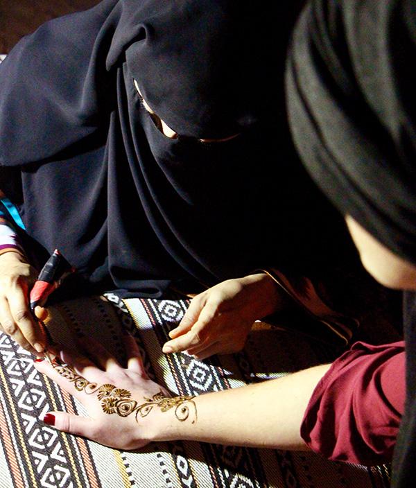 Dubai henna tattoo