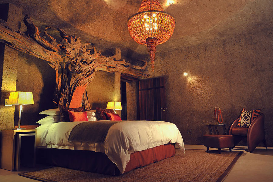 Luxury Africa Vacation - Sabi Sabi Earth Lodge