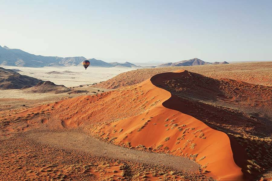 Trip to Namibia - Hot air balloon over Sossusvlei - LIttle Kulala Camp Namibia
