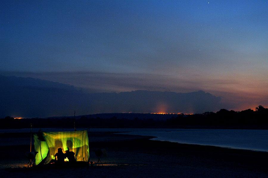 sand-rivers-selous-tanzania-safari-fly-camping