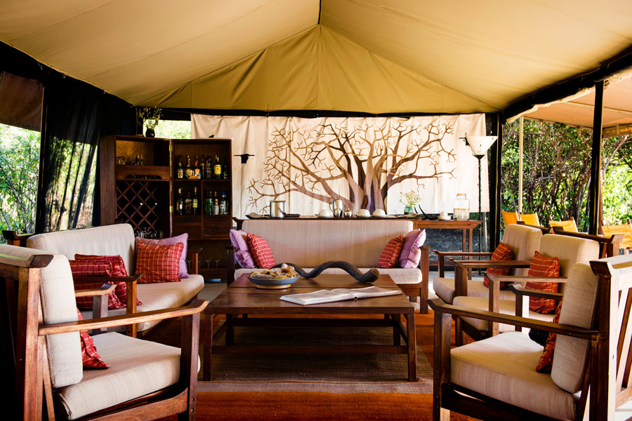 Tented camp lounge - Ruaha Tanzania - Kwihala Camp