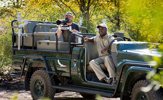 African Safari Photography Tips - Specialist Photo Safari Vehicles at andBeyond